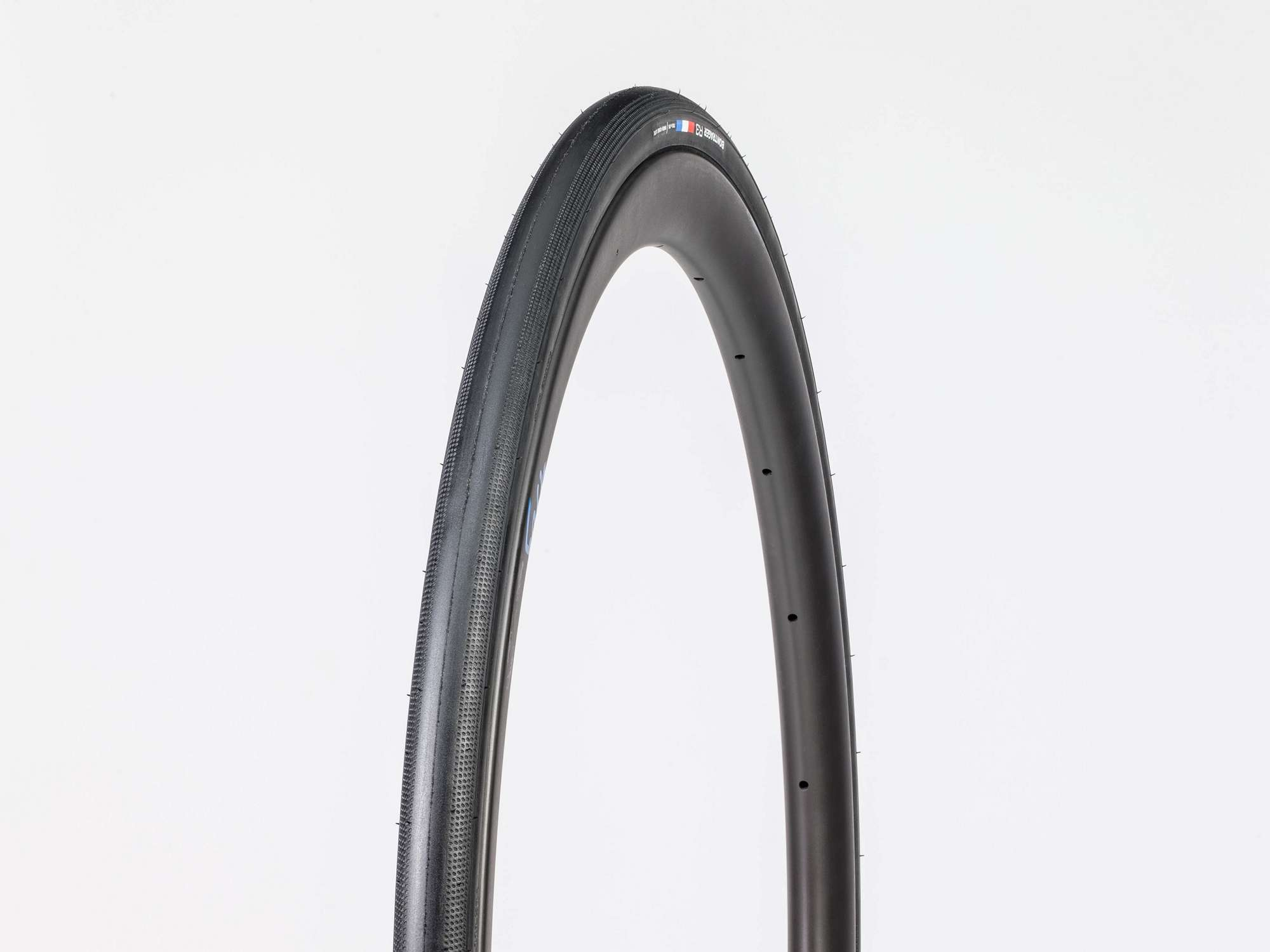 Tire Bontrager R3 Hard-Case Lite 700x25c